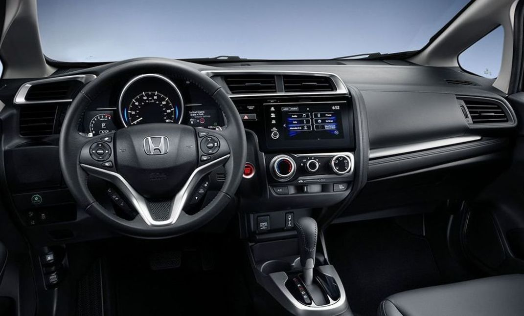 Interior of the 2018 Fit