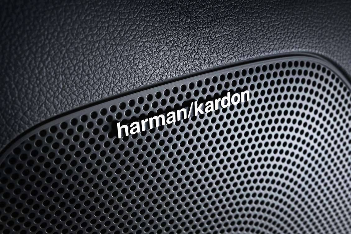 Harman Kardon® Premium Surround Sound system w/ Clari-Fi™ in the 2020 Sportage