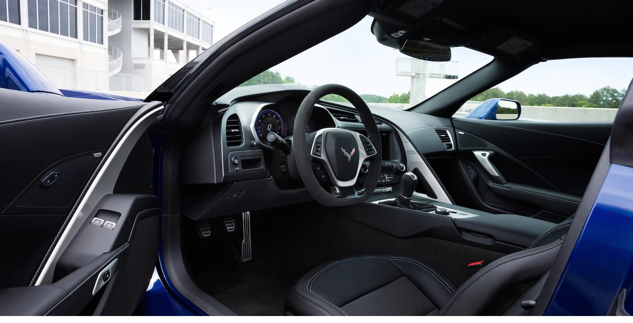 Interior of the 2018 Corvette