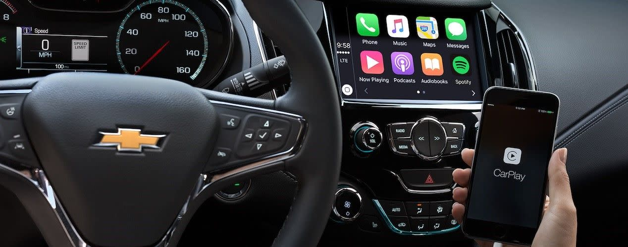 Apple CarPlay™ in the 2018 Chevy Cruze
