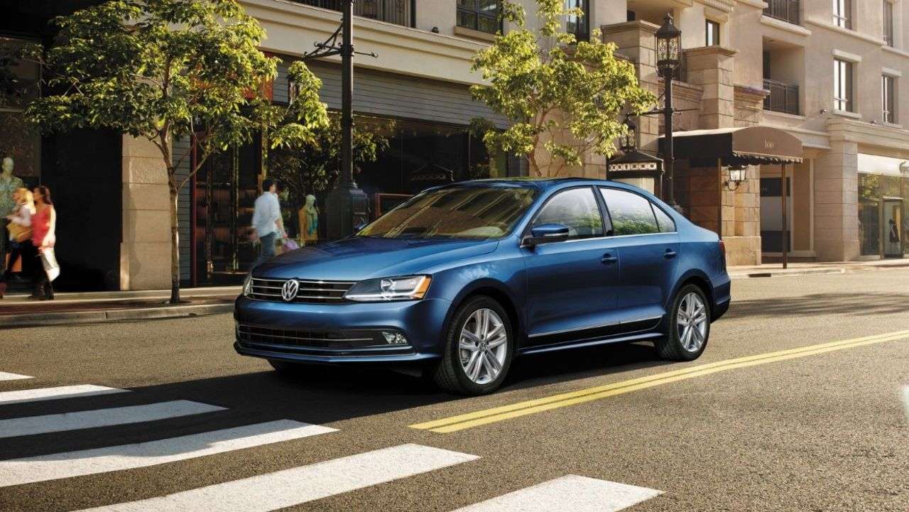 2017 Volkswagen Passat Safety Features near Washington, DC