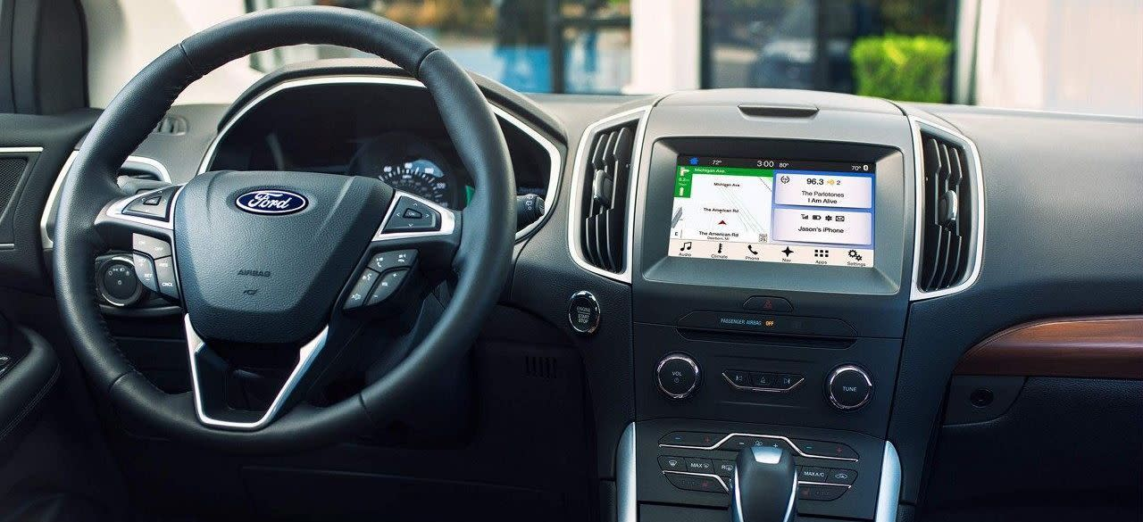 Great Features Behind the Wheel of the 2018 Ford Edge