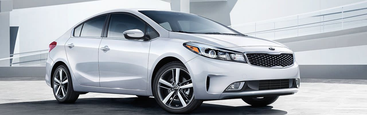 2018 Kia Forte Vs 2018 Hyundai Elantra In Huntington Ny Kia Of