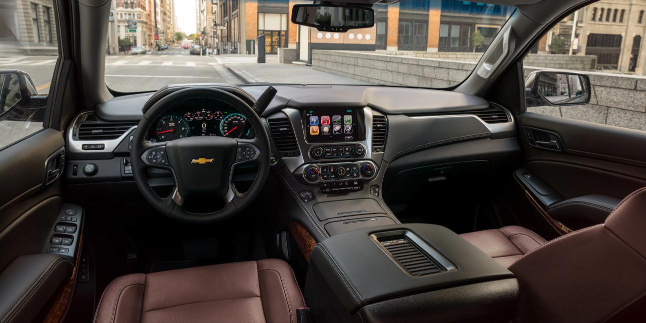 2020 Chevrolet Suburban Cockpit