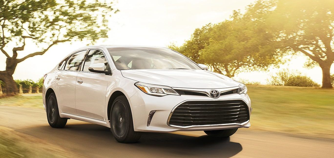 2017 toyota avalon hybrid for sale near lenexa ks molle toyota. Black Bedroom Furniture Sets. Home Design Ideas