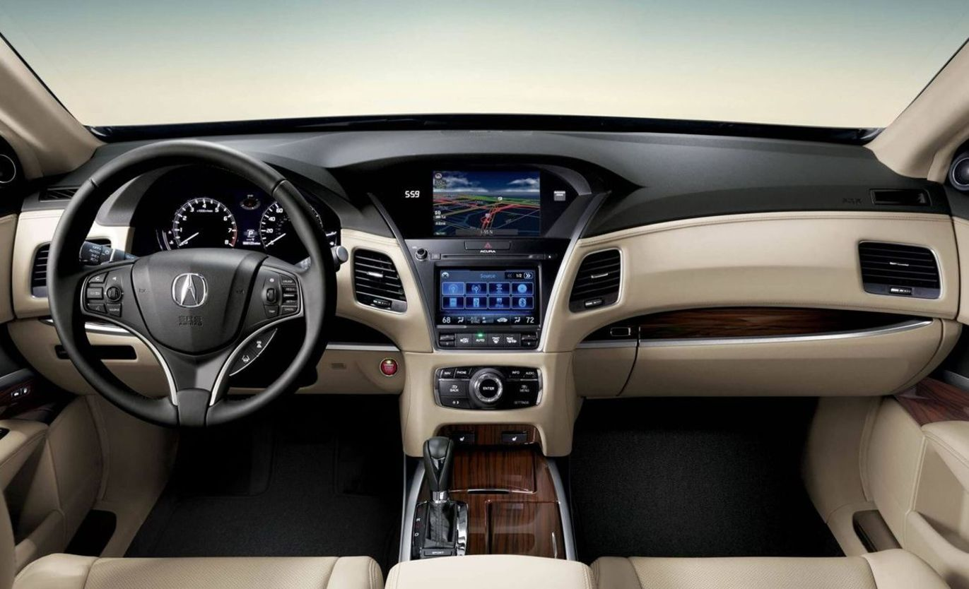 Cabin of the 2017 RLX