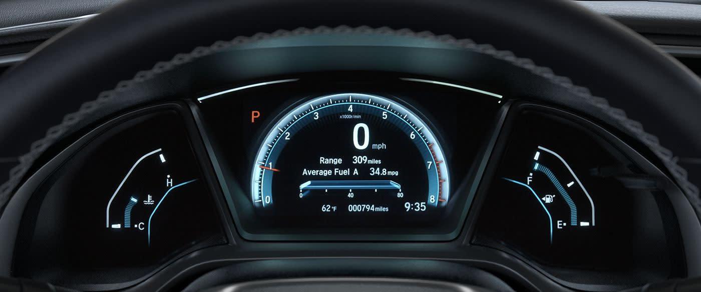 Tech-loaded Interior of the 2018 Honda Civic