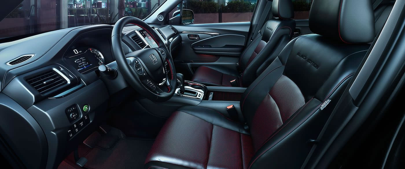 Front Seats in the 2019 Honda Ridgeline