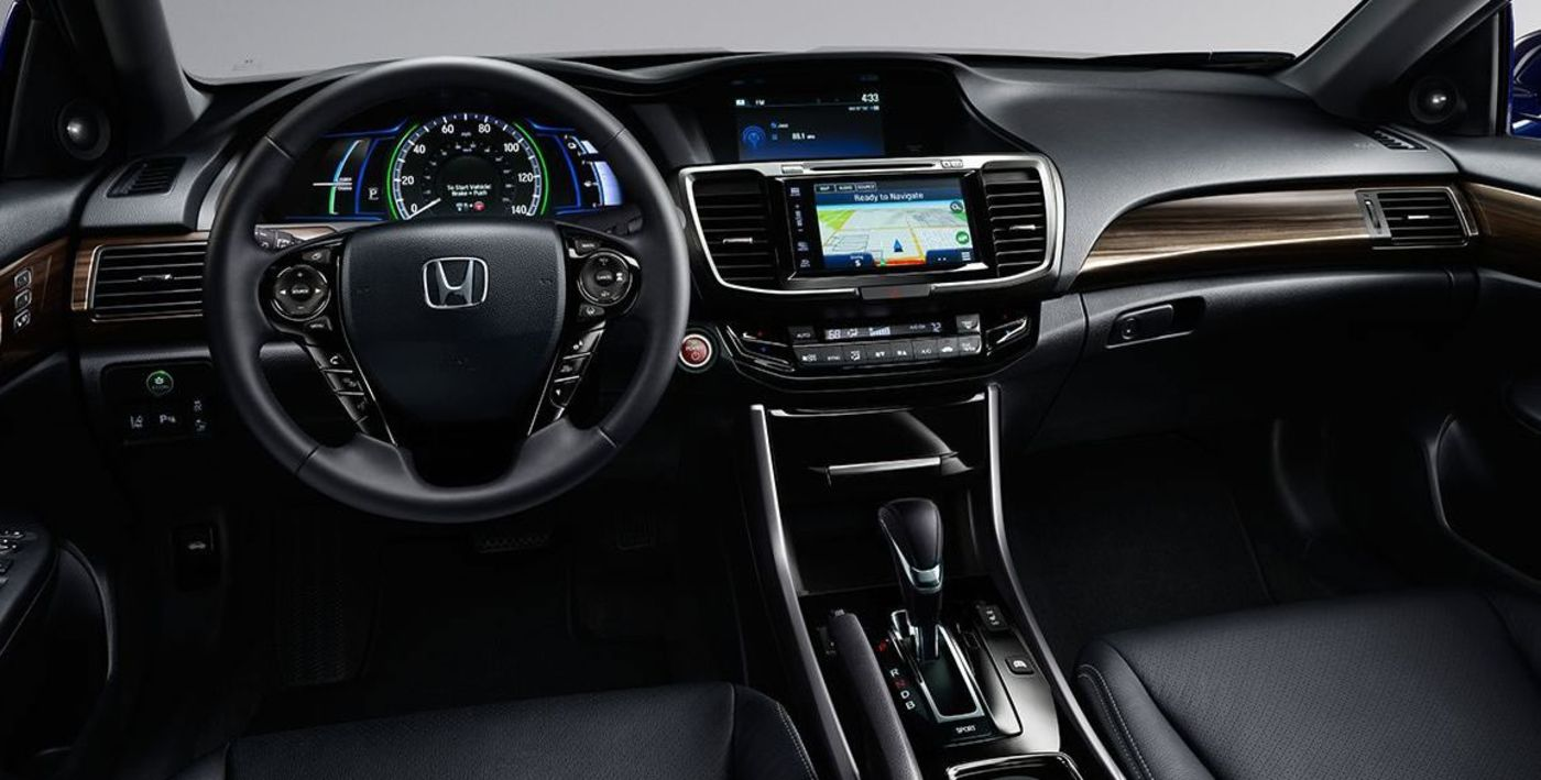 The Accord Hybrid is Well-Equipped