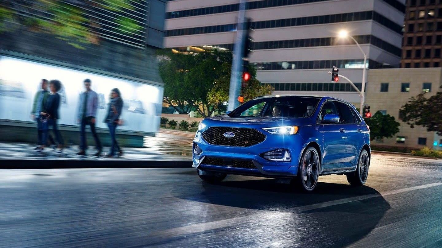 2019 Toyota Highlander vs 2019 Ford Edge in Newark, DE