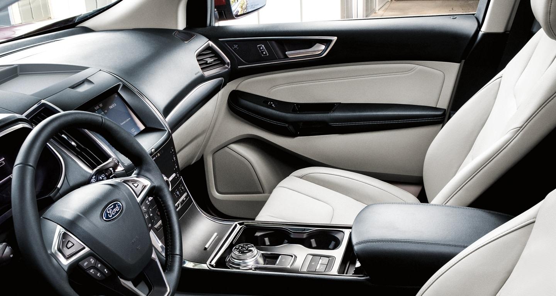 2020 Ford Edge Titanium Interior