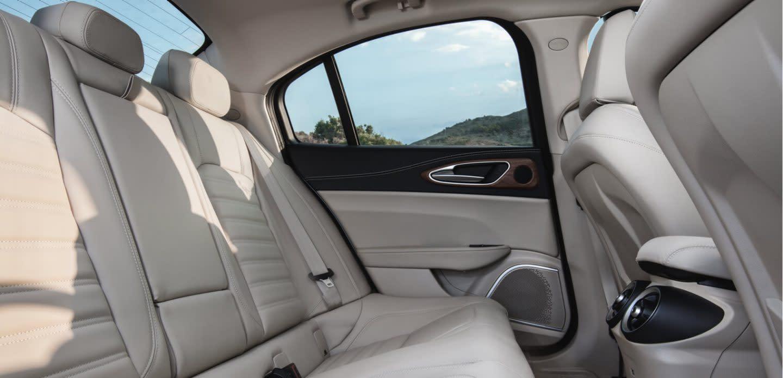 Giulia Rear Seat