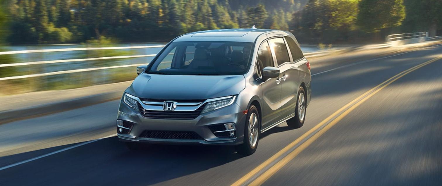 2019 Honda Odyssey vs 2020 Toyota Sienna near Ann Arbor, MI