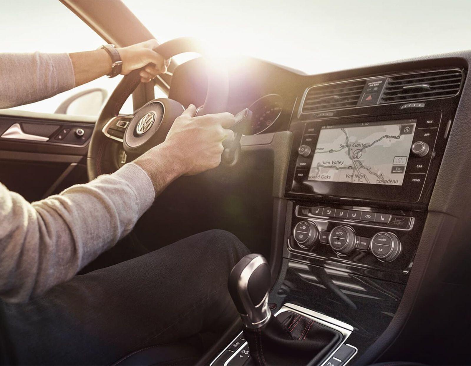El Volkswagen Golf SportWagen 2019 también se siente a gusto en la ciudad