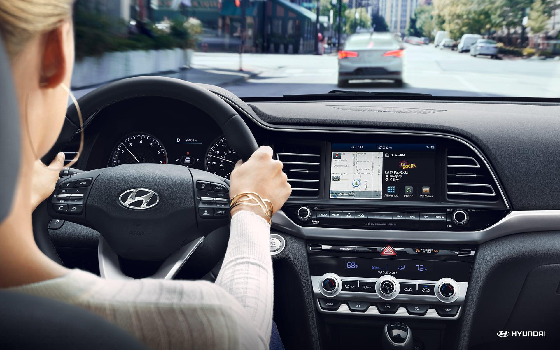 Interior del Hyundai Elantra 2020