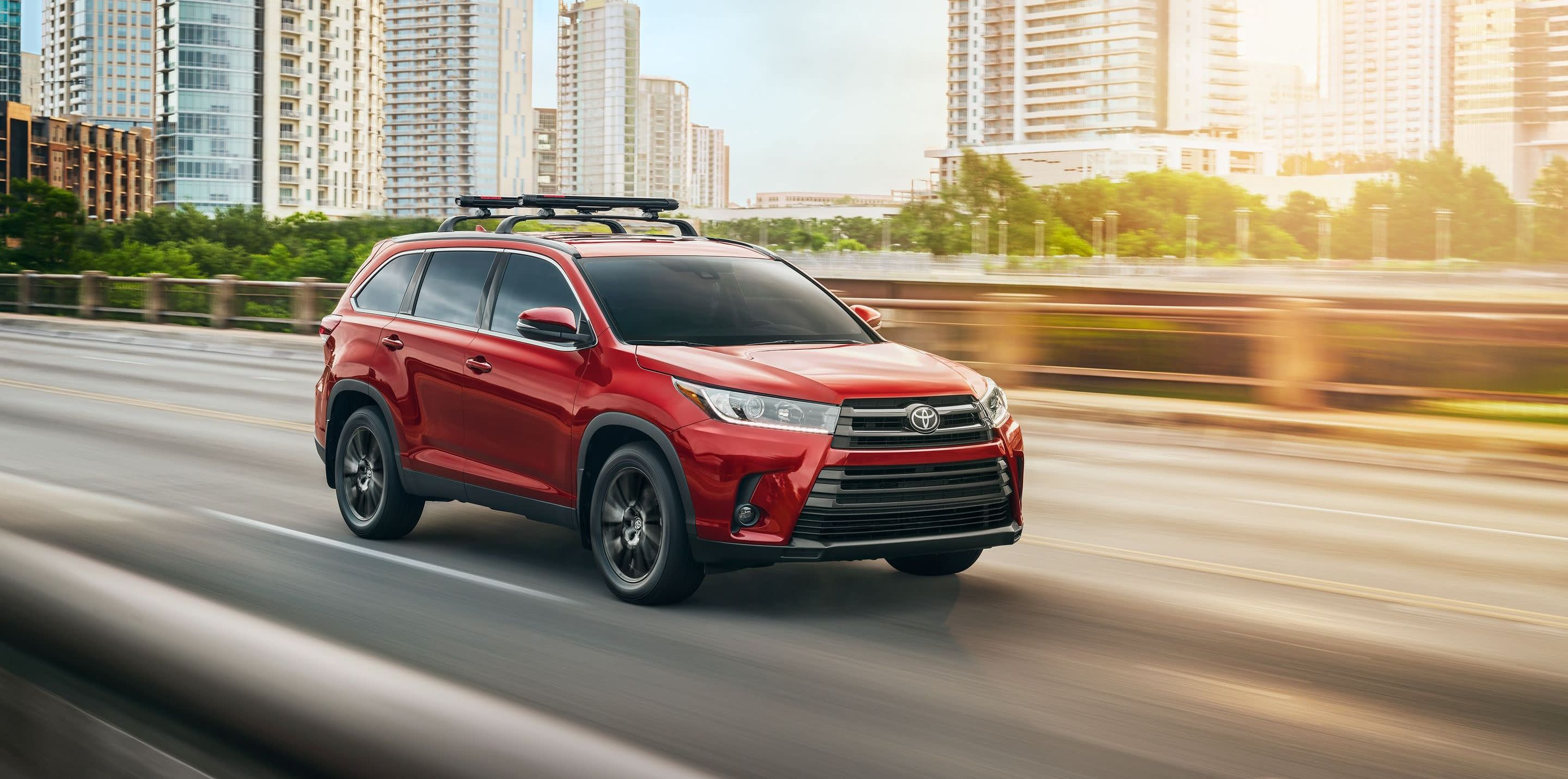 2019 Toyota Highlander vs 2019 Nissan Pathfinder in New Castle, DE
