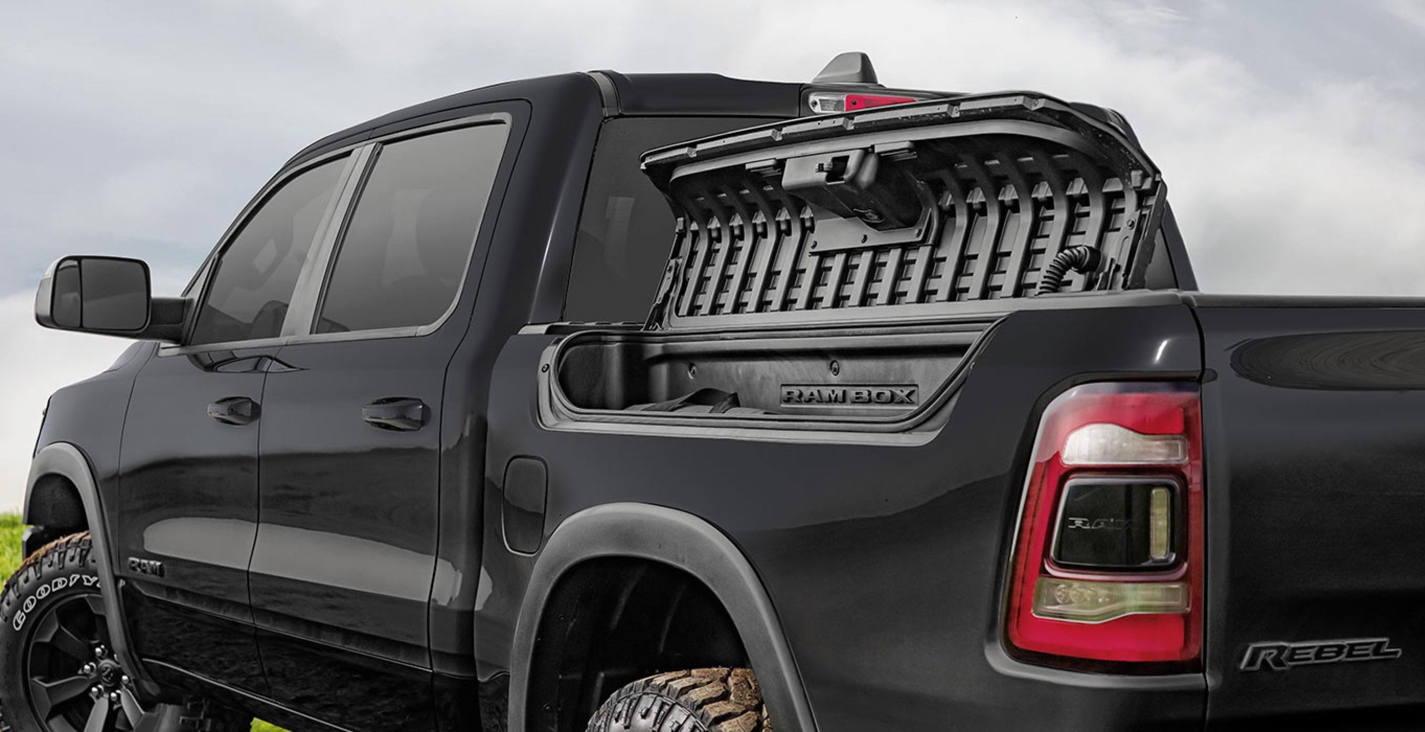 RamBox® Cargo Management System in the 2020 Ram 1500