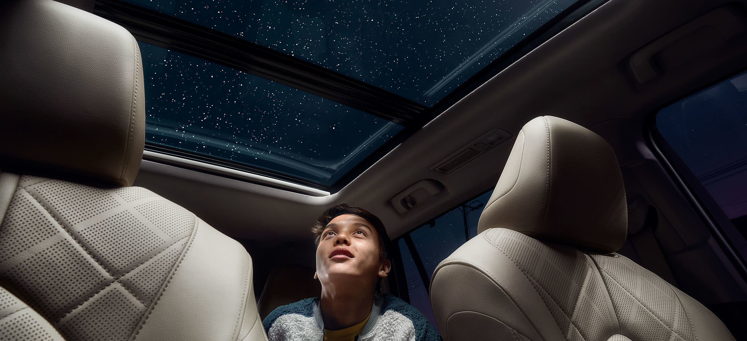 2020 Toyota Highlander Available Panoramic Moonroof