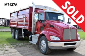 2014 Kenworth Tandem Grain Truck