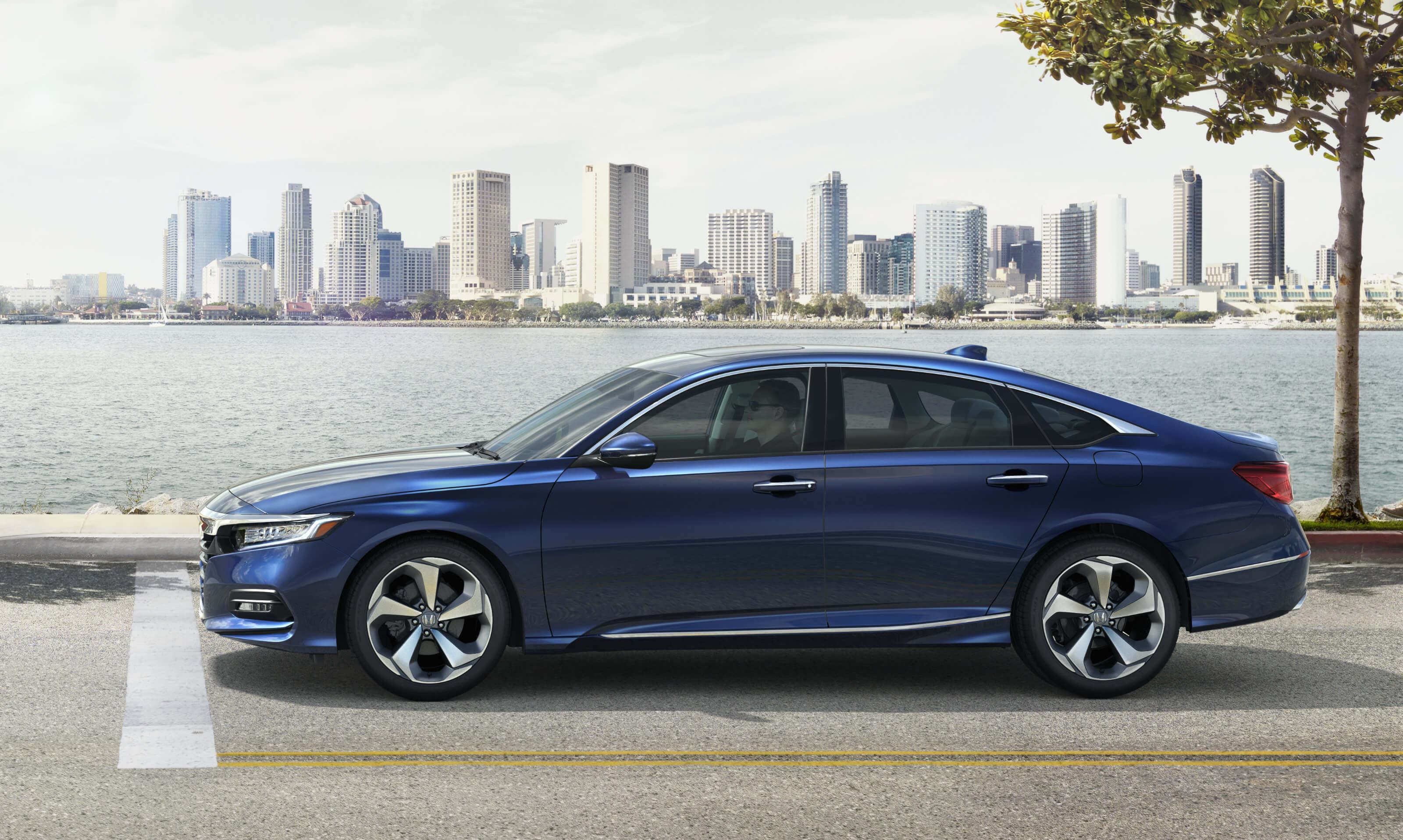 2020 Honda Accord Hybrid side exterior view