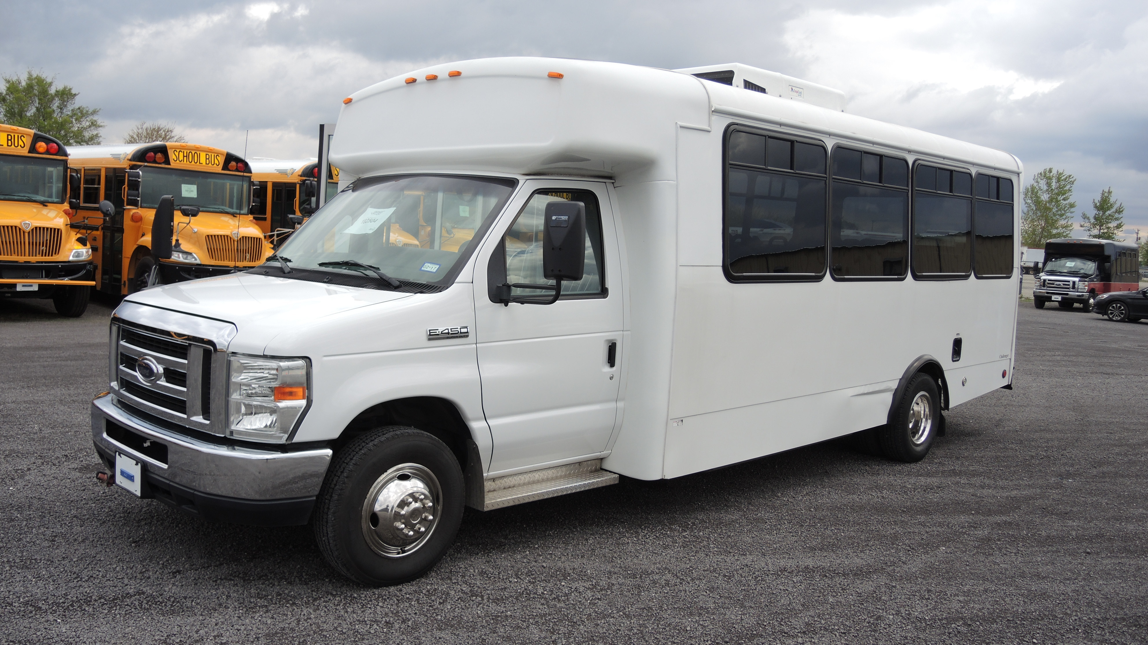 Maine New and Used Buses- Midwest Transit Equipment