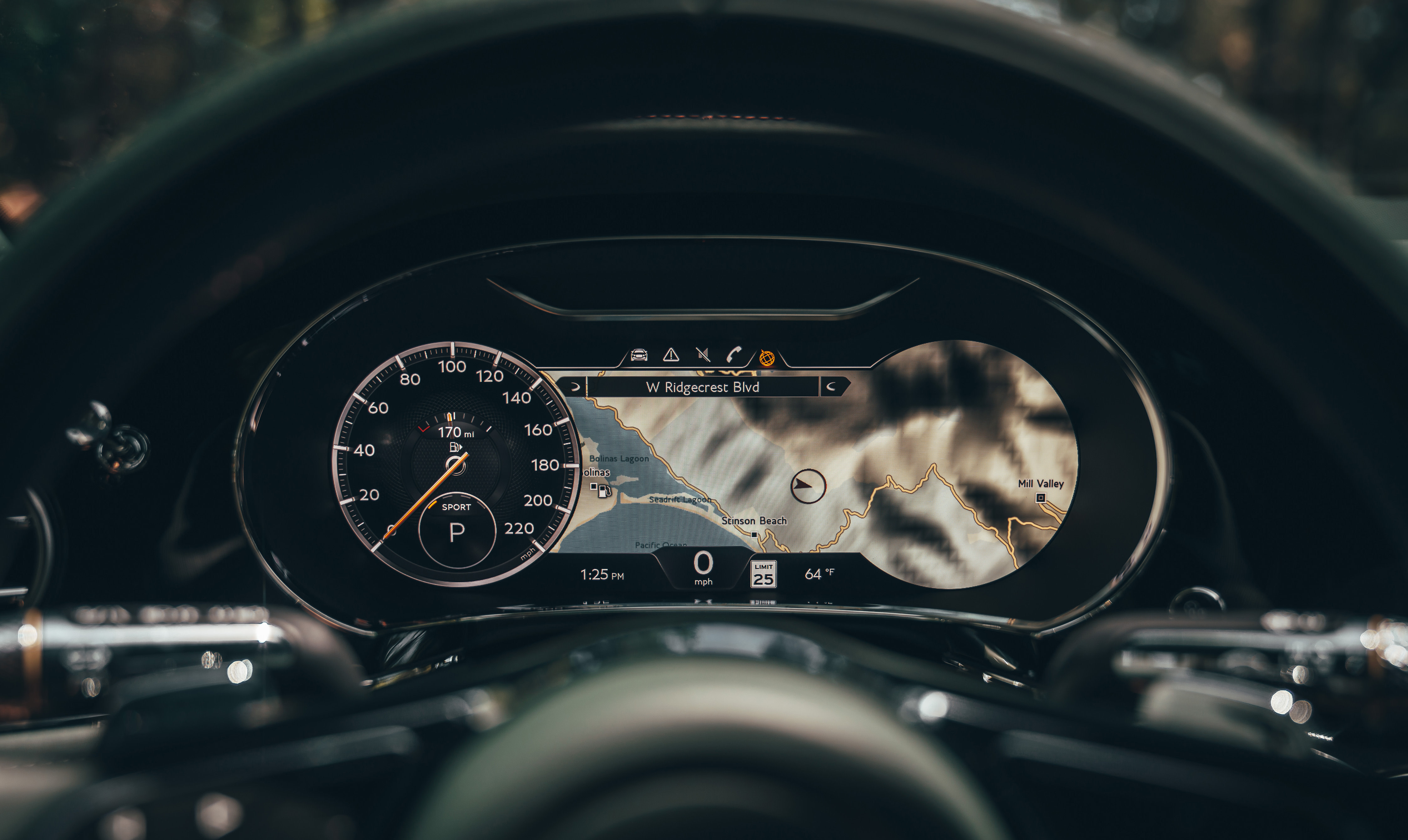 Head-Up Display in the 2020 Bentley Flying Spur