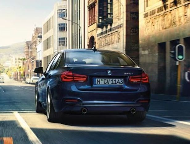 2018 BMW 3 Series Leasing near Valparaiso, IN
