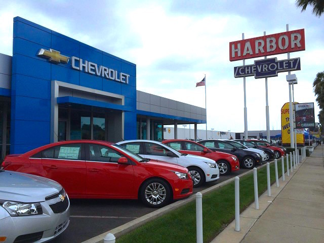 Harbor Chevrolet Front Entrance and Showroom
