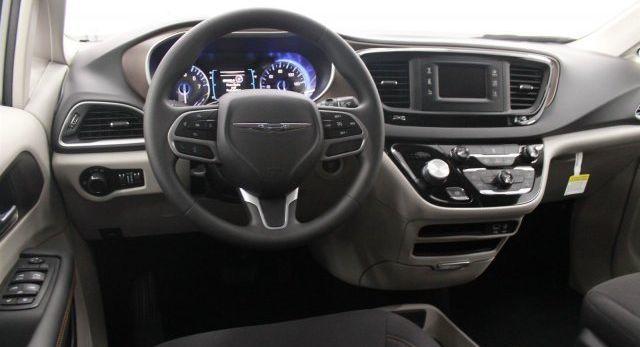 Chrysler 2017 Models >> 2017 Chrysler Models Overview Larson Dodge