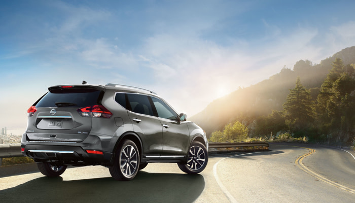 The sleek exterior of the 2019 Nissan Rogue