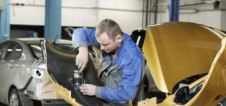 Visit Molle Toyota for Collision Repair!