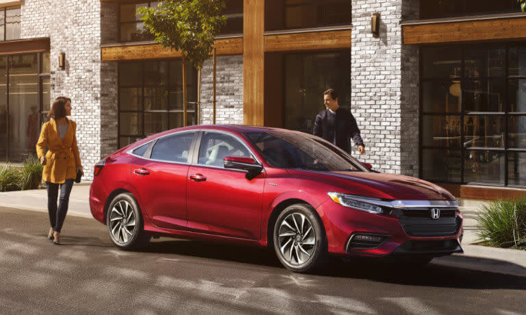 2019 Honda Insight exterior couple walking to car
