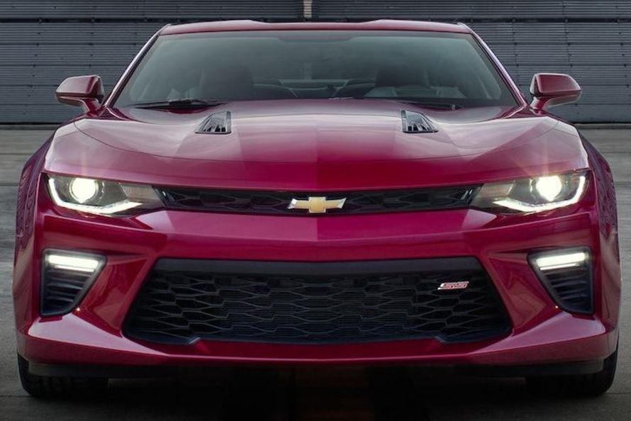 2017 Chevrolet Camaro vs 2017 Ford Mustang near Fairfax, VA