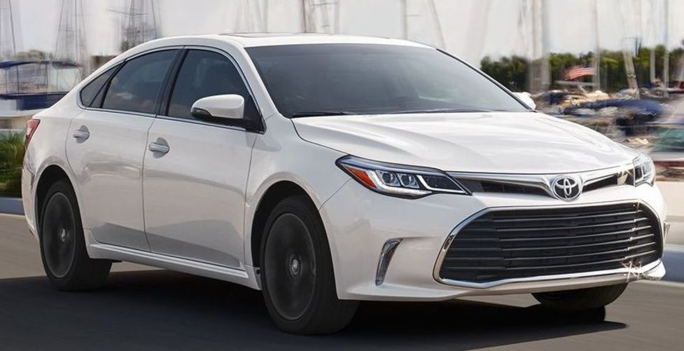 2018 Toyota Avalon Hybrid for Sale near Belton, MO